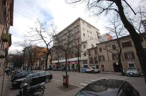 Appartamento quadrilocale Verona MA1573