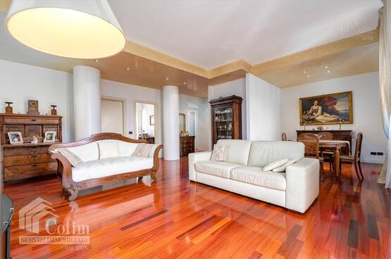 Five-rooms Apartment Verona LS1598