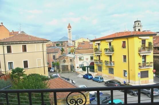 Four-rooms Apartment Verona LS1603