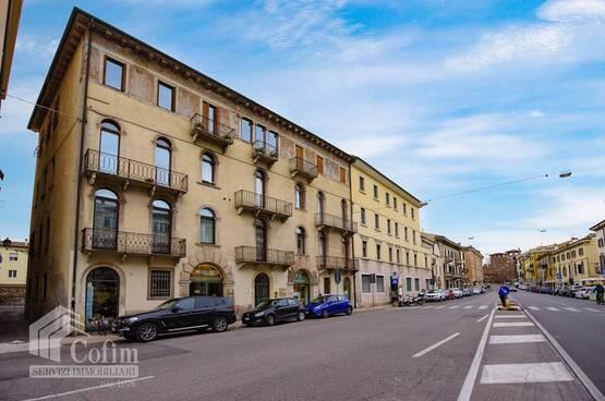 Appartamento cinque locali Verona LS1647