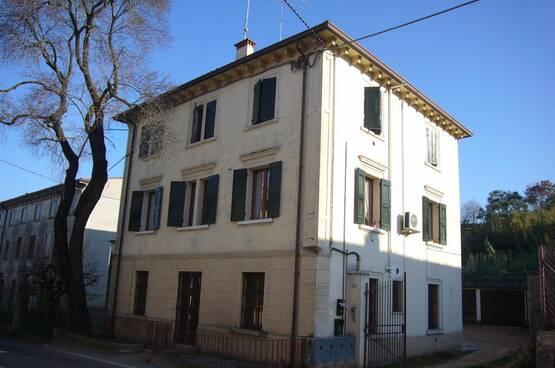 Appartamento trilocale Sona MM1655