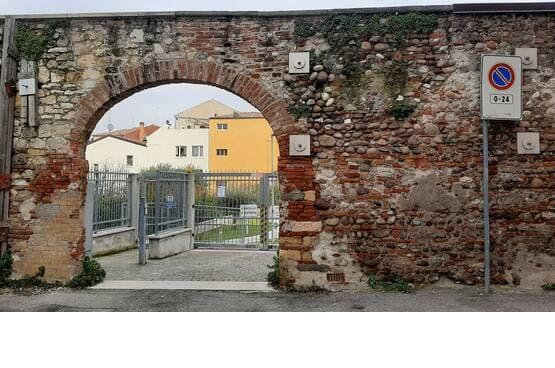 Garage Verona EL1658
