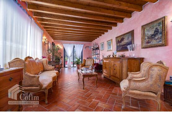 Five-rooms Apartment Sirmione MA0109