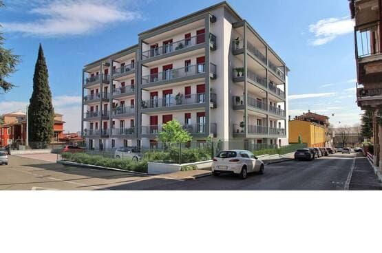 Five-rooms Apartment Verona MM1692