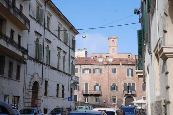 Four-rooms Apartment Verona MM1722